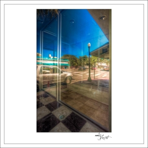 In-Through-the-Looking-Glass-Geometry-MiamiBeach-10