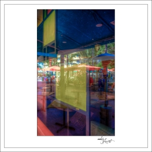 In-Through-the-Looking-Glass-Geometry-MiamiBeach-01