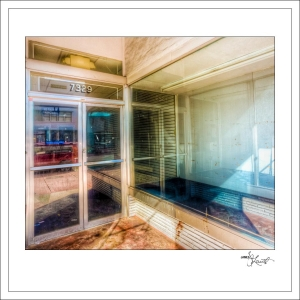 In-Through-the-Looking-Glass-Geometry-MiamiBeach-04