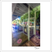 In-Through-the-Looking-Glass-Geometry-MiamiBeach-02