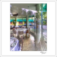 In-Through-the-Looking-Glass-Miami10