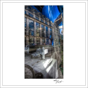 In-Through-the-Looking-Glass-Paris-01