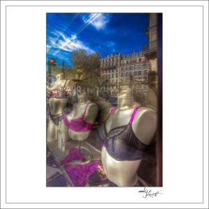 In-Through-the-Looking-Glass-Paris-03