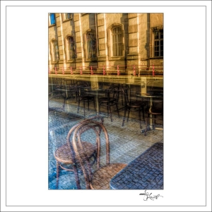 In-Through-the-Looking-Glass-Prague-03