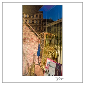 In-Through-the-Looking-Glass-Prague-09
