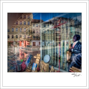 In-Through-the-Looking-Glass-Prague-10