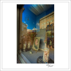 In-Through-the-Looking-Glass-Rome-02