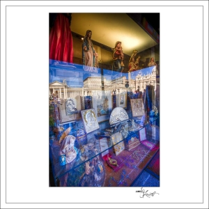 In-Through-the-Looking-Glass-Rome-05