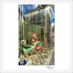 In-Through-the-Looking-Glass-Zurich-07