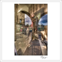 In-Through-the-Looking-Glass-Zurich-03