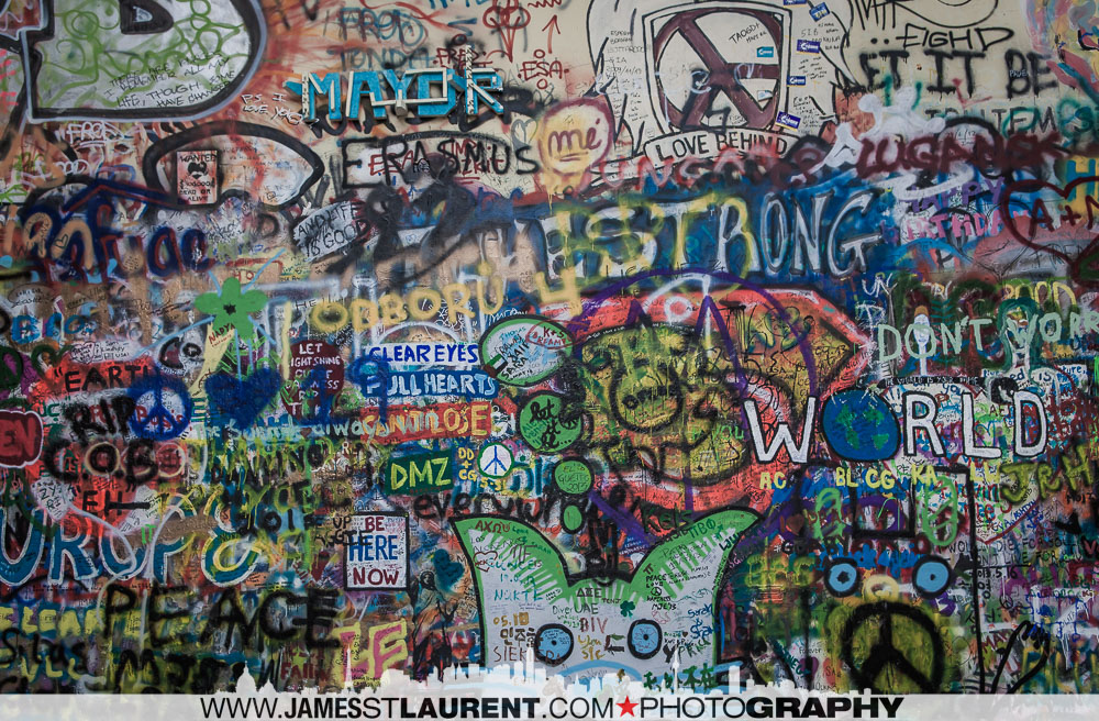 Lennon_Wall-Prague-042