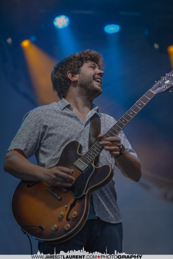 Guitarist Johnny Rhoades
