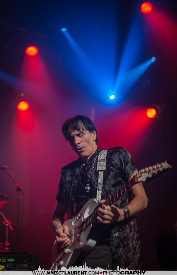 Steve Vai-Montreal-010