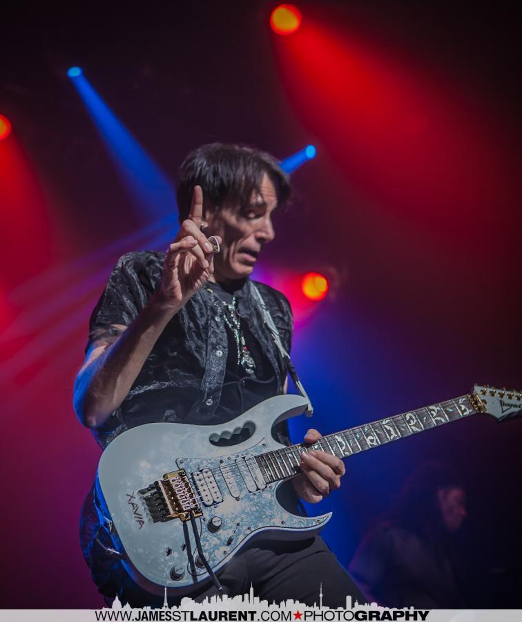 Steve Vai-Montreal-014